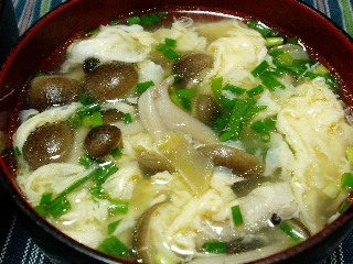 ザーサイとしめじの中華スープ